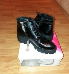 Ботиночки женские новые