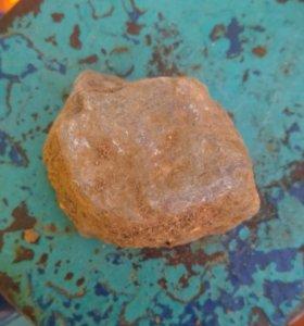 Камень с улицы