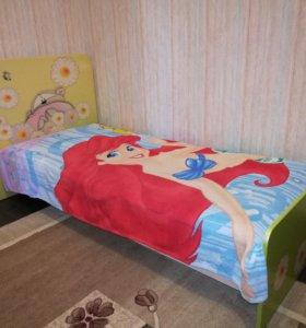 Кровать+комод+2тумбы+зеркало для девочки