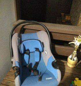 Кресло детское до от 0 до 12 кг.
