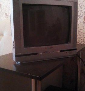 Телевизор+ приставка цифровая+антена