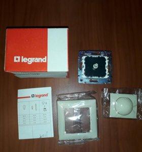 Светорегулятор Legrand