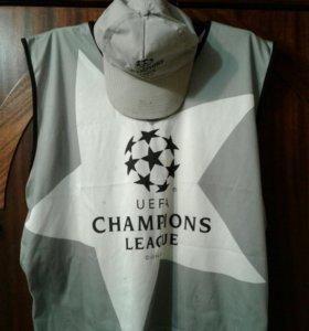 Униформа стюарда Лиги Чемпионов 1992 г.