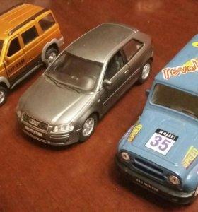 "Uaz Patriot,Audi A3, Uaz ""Hunter"""