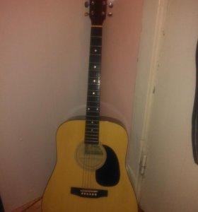 Продам гитару, зовут юлия