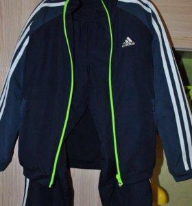 Спортивный костюм adidas утеплённый