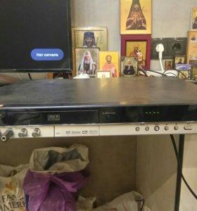 Dvd плеер рекодер SAMSUNG dvd r130k