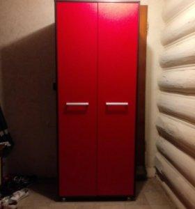 Шкаф платяной новый