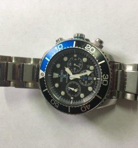 seiko mens chronograph diver solar watch