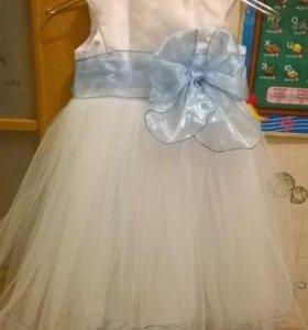 Праздничное пышное платье на 94-116