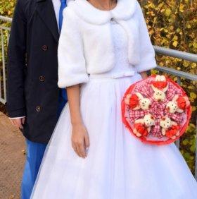 Меховая свадебная жилетка