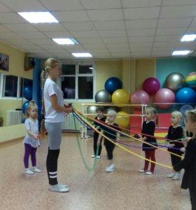 Тренер по гимнастике