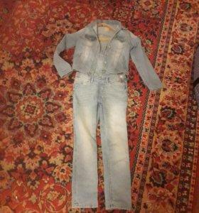 Костюм и брюк джинсовий