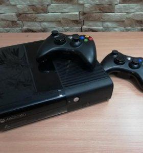 Xbox 360+kinect+2 беспроводных геймпада