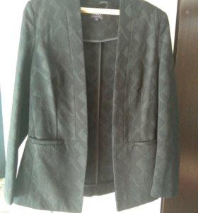 Пиджак новый 46-48