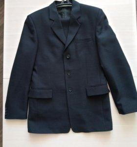 Мужской костюм 48 размера