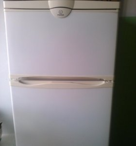Холодильник компрессорный R30S.011 б,/у