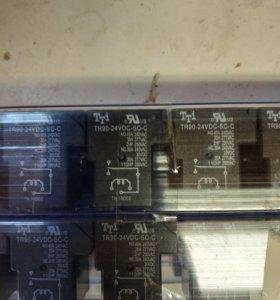 Реле TR90-24VDC-SC-C