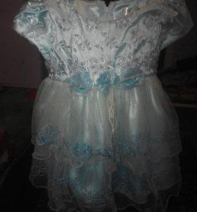 Продам платья децкие