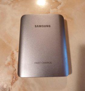 Внешний аккумулятор SAMSUNG EB-PN930