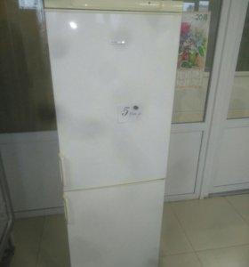 """Холодильник двухкамерный """"Elenberg"""".Гарантия."""