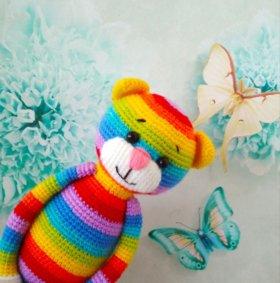 Радужный кот! Вязаная игрушка.