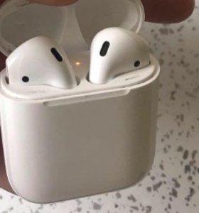 Беспроводные айфоновские наушники