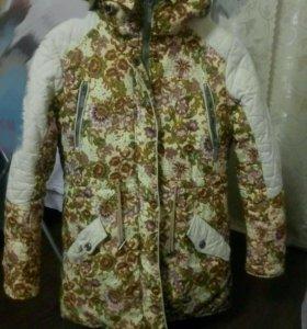 Куртка для девочки, 40 размер, рост 152.