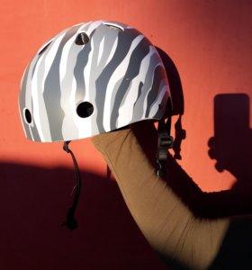 Шлем защитный для сноуборда, роликов