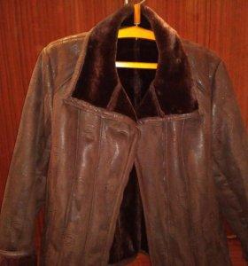 Курточка из искусственного меха