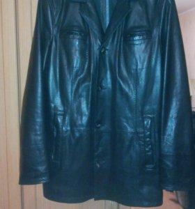 Мужская классическая кожаная куртка