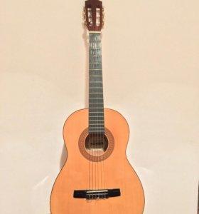Классическая акустическая гитара HOHNER
