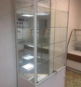 Стеклянные витрины на металлопрофиле