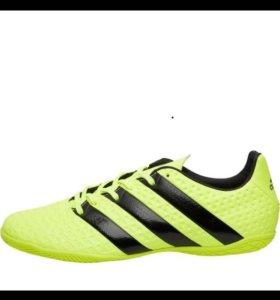 Бутсы (футзалки) Adidas.