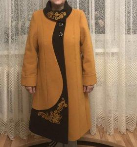Продаю осеннее пальто