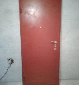 Дверт металлическая 900*2300