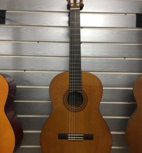 Гитара Yamaha C-40