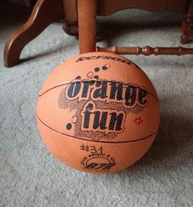 Баскетбольный мяч б/у