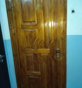 Дверь деревянная с коробкой