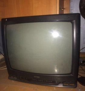 2 телевизора