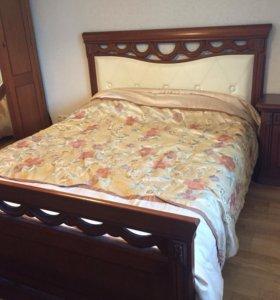 Спальня (кровать, шкаф, трюмо, тумбочка, комод)