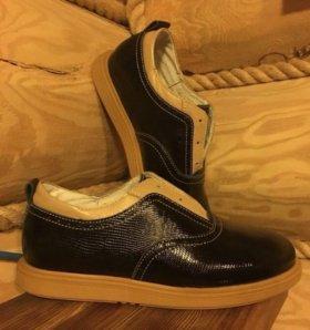 Ботинки,Полуботинки новые Tapiboo