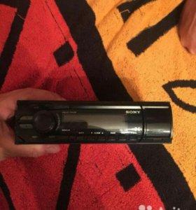 Мгнитола Sony с динамиками