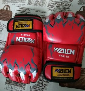 Перчатки для карате, MMA.