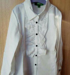 Новая блузка доя школы 134 размер.