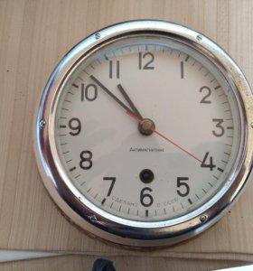 Часы морские
