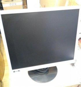 Монитор LG L1942SE