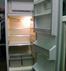 """Холодильник однокамерный """"Минск-16Е"""""""