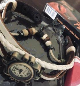 Часы-браслет женские