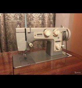 Машинка швейная,Подольск 142